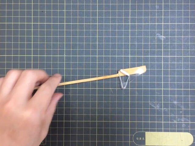 焼鳥の串を加工する