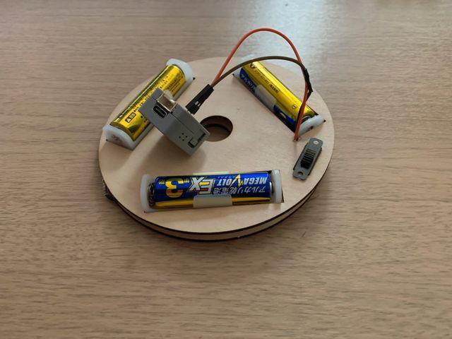 電池 + AtomMatrix + 電源Swのベース