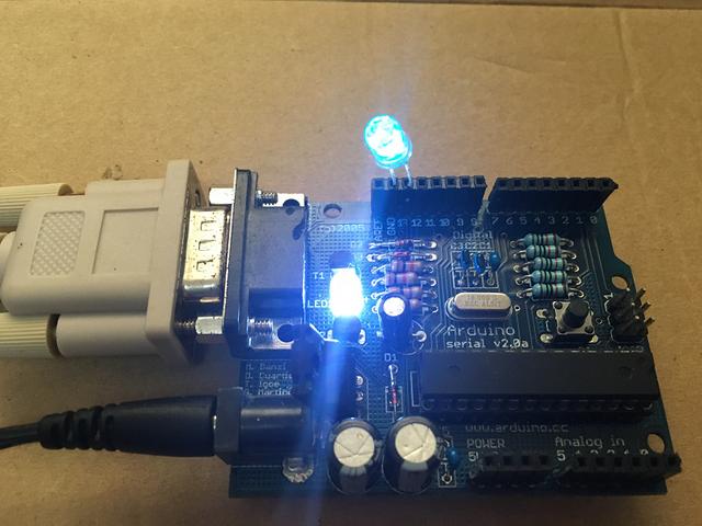 みんなは電源LEDに高輝度白色LEDは使わないようにしようね